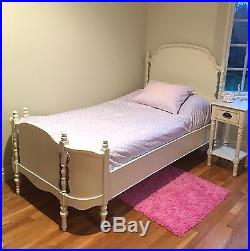 Pottery Barn Kids Antique White Girl Olivia Twin Bed Excellent Condition P/U NY