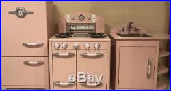 Pottery Barn Kids Holiday Gift Retro Kitchen Playset Sink Icebox & Oven Set New